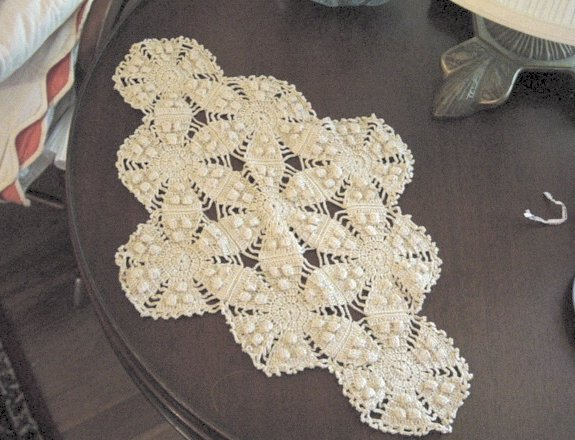 Vintage Crochet Pinwheel Bed Spread And Dresser Scarves Handmade from  Bed Scarves Crochet