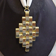 Gold & White Pendent Drop Necklace