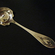 """""""Mount Vernon"""" Cream Ladle by Lunt    Sterling Silver"""