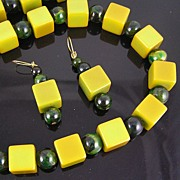 SALE Bakelite Marbled Green Spheres & Apple Green Cubes Necklace & Earrings