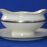 """Syracuse China """"Monticello"""" Gravy Boat With Attached Under Plate"""