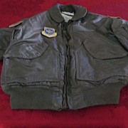 US Air Force Cold Weather Flyer's Jacket, w Unit Patches, M