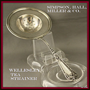 Simpson Hall Tea strainer in the Wellesley pattern of sterling, ca 1912
