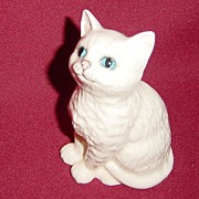 Royal Doulton White Persian Kitten from Beswick Model #1886