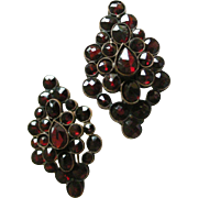 Vintage Earrings Wine Red Garnet Clusters set in Vermeil with Earwires