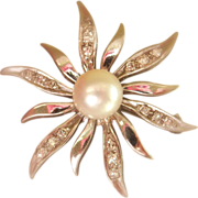 SALE Final Markdown! Lovely SCALLE 14K White Gold Pearl Diamond Flower Pin