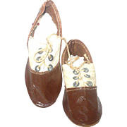3 Inch Saddle Patent Oil Cloth and Ivory Kid Shoes Grommets Ties for Lady Doll