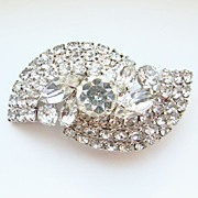 Brilliant Vintage Rhinestone Clear Ice Oval Brooch Pin Costume Jewelry