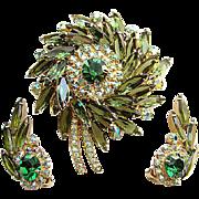 Dynamic Juliana Delizza & Elster Brooch Earrings Green Rhinestones