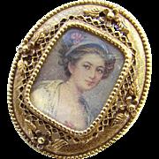 Vintage Florenza Portrait Pendant Brooch Signed Antiqued Gold Tone Settin