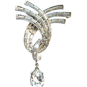 C1940-50s Alfred Philippe Trifari Clear Rhinestone Brooch with Pear Shape Dangle Elegant