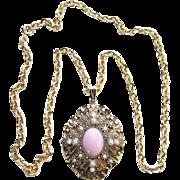 1974 Avon Queen Anne's Lace Pendant Necklace Signed