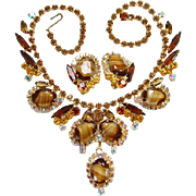 Juliana 1966 Elegance Necklace Earrings White Brown Striped Stones DeLizza Elster Book Piece