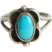 Southwestern Navajo Style Turquoise Ring Size 4.5 Sterling Silver Native American