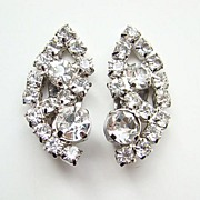Superb Vintage Clear Rhinestone Climber Clip Earrings