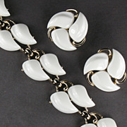 Claudette White Swirl Bracelet and Earrings