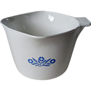 Corning Cornflower Blue Triangular Stove Top 32 oz. Saucemaker w Lid & Handle