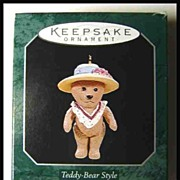 Hallmark Collector's Series Teddy-Bear Style 1998