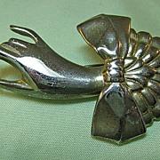 Lovely Hand Pin Brooch