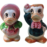 Anthropomorphic Duck Salt and Pepper Shakers / Ceramic Shakers / Colorful Salt Pepper / Japan