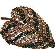 Emerald Green and Clear Rhinestones Art Leaf Pin Brooch / Vintage Jewelry / Fashion Jewelry /