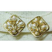 Lovely Gold Tone Basket of Flower Earrings with Fresh Water Pearls