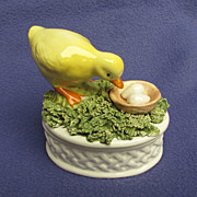 Spaghettiware Hand Painted Duck Trinket Box from Italy