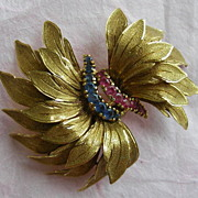 Wonderful 18k Rubies and Sapphires Bow Brooch circa 1940/1950