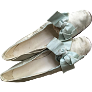Beautiful pair of Victorian silk little Girl shoes with heels