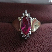 SALE Vintage Estate 10kt Gold Ladies Ruby Diamond Ring