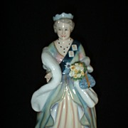 Royal Doulton The Queen Mother HN3189