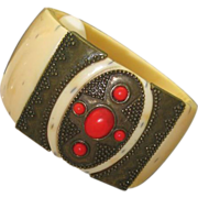 Czech C1930 Art Deco White Celluloid Clamper Bracelet
