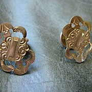 Brite Cut Engraved Gold Victorian Cuff Links Fine Costume Cufflinks Neo Classic Revival