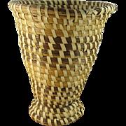 "Rare Charleston Sweet Grass 7 1/2"" Vase"
