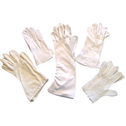 5 Pairs Vintage White Gloves