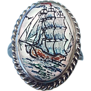 SALE Mother of Pearl Scrimshaw Ring, Beautiful Vintage, Size 4!