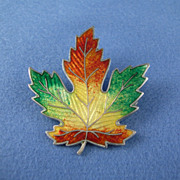 Canadian Maple Leaf Pin Brooch - Enamel on Sterling Silver