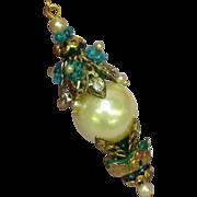 Art Nouveau Style White Rhinestone Teal Glass Faux Pearl Drop Stunning Négligée Lavalier Pen