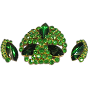 Emerald Green Rhinestone Sensational Large Pin and Earrings Demi Parure