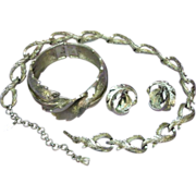 SALE 50% OFF  shop Monet Dimensional Impressive Necklace Bracelet Earrings Silver tone Set Ful