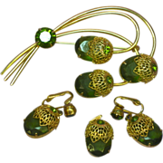 Sarah Coventry Lovely Vintage Green Rhinestones Branch Floral Pin Brooch  Matching Dangle Clip