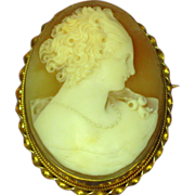 SALE PENDING 10K Yellow Gold Museum Quality Exquisitely Hand Carved Shell Cameo Brooch, Pin