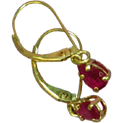 14KT Yellow Gold Natural Ruby Delicate Dangle Estate Ladies Earrings
