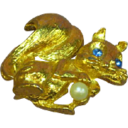 Enchanting Gold tone Rhinestones Pearl Figural Squirrel Pin Brooch