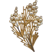 Vintage Trifari Brooch with Rhinestones and Simulated Pearls