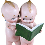 "3 1/2"" Pair of Kewpies Reading a Book..""The Lawyer"" ~ Rare one!"