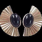 SALE Vintage 14k Gold Onyx Fan Stud Earrings