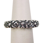 Vintage Sterling Silver Oxidized Flower Band Ring