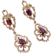 Vintage 14k Gold Garnet Earrings