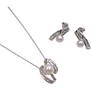 Vintage 14k White Gold Pearl and Diamond Set ~ Earrings and Necklace